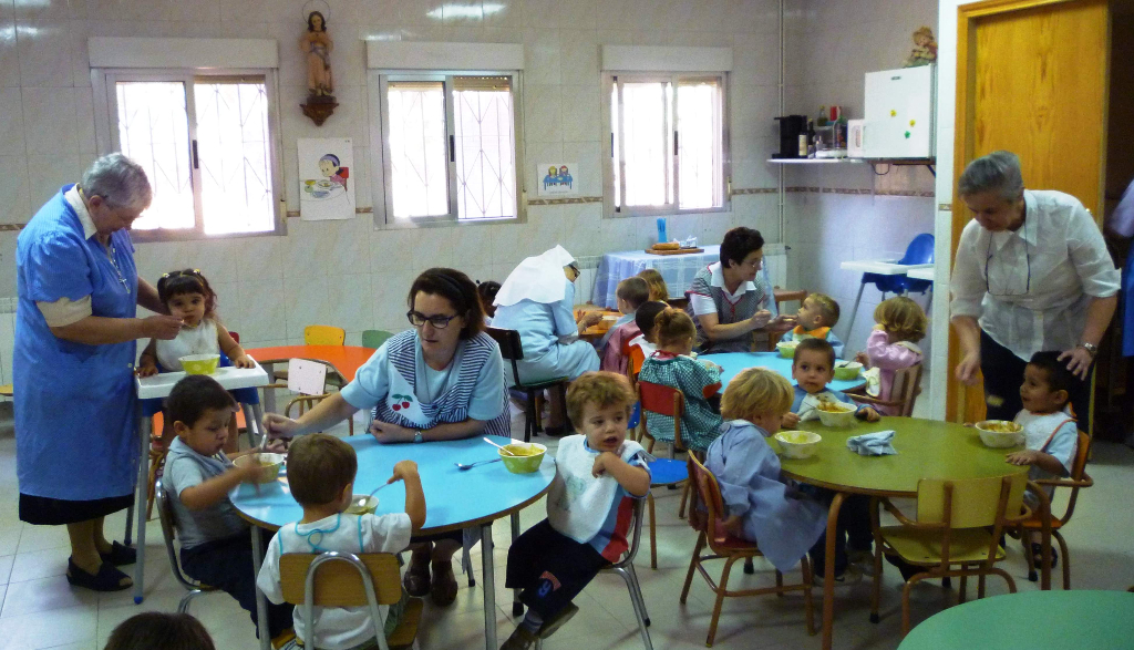 Ayuda al comedor de una escuela infantil villaverde madrid for Proyecto de comedor infantil