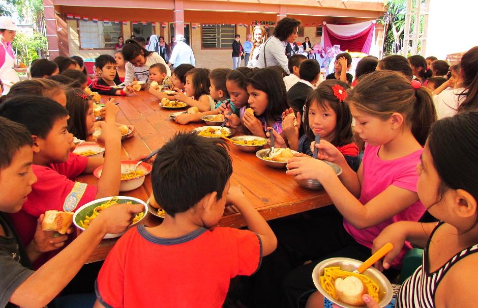Alimentos para el comedor infantil capilla san pedro for Proyecto de comedor infantil